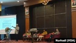 Pengaruh agama dalam produk hukum terus meningkat di Indonesia. (Foto:VOA/Nurhadi).