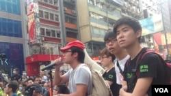 香港警方星期三上午展开强行清场行动