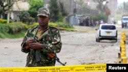 Afisa wa polisi, barabarani Eastleigh, mjini Nairobi