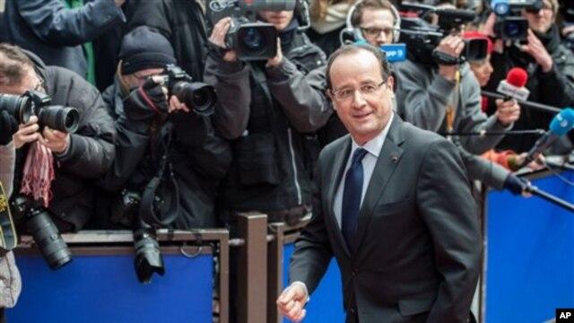 Francuski predsednik Fransoa Oland dolazi na samit EU o budžetu u Briselu, 7. februara 2013.