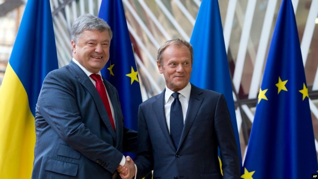 Президент Украины Петр Порошенко и президент Европейского Совета Дональд Туск в Брюсселе накануне саммита Украина-ЕС. 9 июля 2018 г.