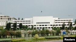 پاکستان کی پارلیمنٹ ۔ فائل فوٹو