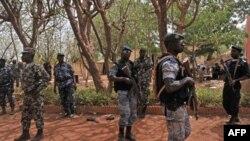 Sojojin suna sintiri a sansanin shugaban juyin mulki Amadou Sanogo