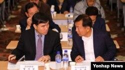 지난해 11월 서울에서 열린 '개성공단 전체 입주기업 대표 회의'에 참석한 중소기업 대표들. (자료사진)