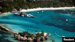 مالدیپ ایک ہزار جزائر پر مشتمل ملک ہے۔