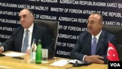 Elmar Məmmədyarov və Mövlud Çavuşoğlu Bakıda birgə mətbuat konfransında