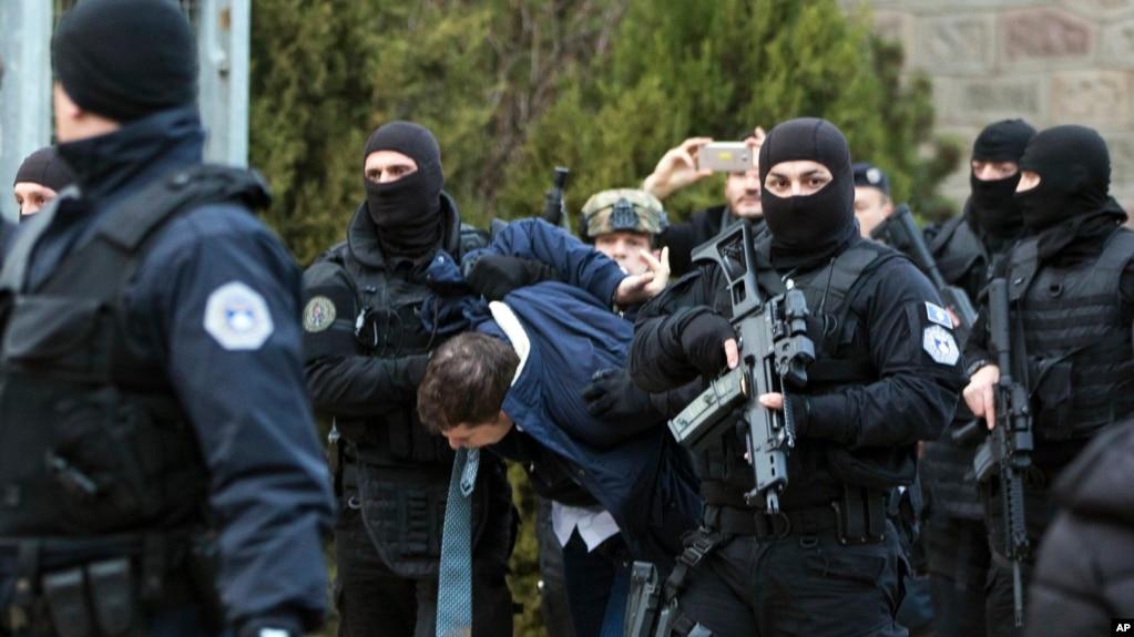 Kosovë: arrestohet dhe më pas dëbohet zyrtari serb Marko Gjuriç