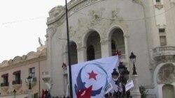 突尼斯人担心极端主义势力抬头