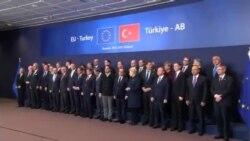 کمک چند میلیارد یورویی به ترکیه برای مهار سیل مهاجران