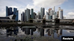 Pemandangan gedung pencakar langit di Singpura, 25 Januari 2021.