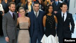 "Cast members of ""Star Trek Into Darkness"", from left: Chris Pine, Alice Eve, Zachary Quinto, Zoe Saldana and Benedict Cumberbatch, in Leicester Square, London May 2, 2013."