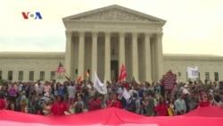 Kaum Homoseksual AS Resmikan Pernikahan Setelah Legalisasi