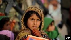一名阿富汗赫尔曼德省的学生