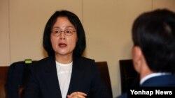 5일 서울에서 열린 '제1차 메르스 손실보상위원회'에서 장옥주 한국 보건복지부 차관이 모두발언을 하고 있다.