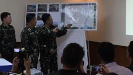 Tổng Tham mưu trưởng quân đội Philippines, Tướng Gregorio Catapang, thuyết trình về hoạt động của TQ ở Biển Đông