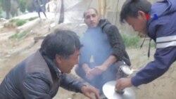 Người tị nạn ở Hy Lạp tá túc trong lều tạm khi mùa đông đang đến