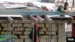 지난 2012년 6월 북한 노동자들이 블라디보스톡 건설현장에서 일하고 있따.