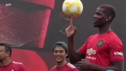 Pogba à la rencontre des fans à Singapour