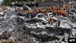 29일 인도 첸나이의 아파트 건설 현장에서 붕괴 사고가 발생했다.