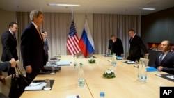 克里國務卿與俄羅斯外長拉夫羅夫討論敘利亞問題
