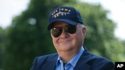 Ông Tom Clancy đời tại một bệnh viện ở thành phố Baltimore ở tuổi 66.
