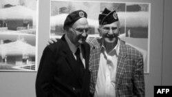 Встреча ветеранов. Лазарь Селектор (слева) и Альберт Зэк