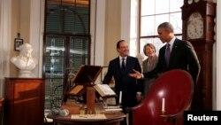 AQSh rahbari Barak Obama Fransiya prezidenti Fransua Olland bilan Amerika asoschilaridan biri Tomas Jeffersonning uy muzeyida, Virjiniya shtati, 10-fevral, 2014