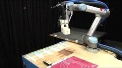 Robot robot düzəldir