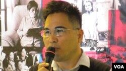 台北市文化局专门委员 刘得坚(美国之音 张永泰拍摄)