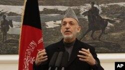 Presiden Afghanistan Hamid Karzai mengharapkan pasukan asing di negaranya sesegera mungkin ditarik kembali ke pangkalan mereka (Foto: dok).