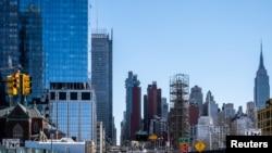 纽约市曼哈顿林肯隧道附近的街道空空荡荡。(2020年3月15日)