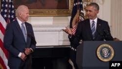 سابق صدر براک اوباما نے ڈیموکریٹک پارٹی کے تمام کارکنوں سے کہا ہے کہ وہ جو بائیڈن کی کامیابی کے لیے متحد ہوجائیں۔ (فائل فوٹو)