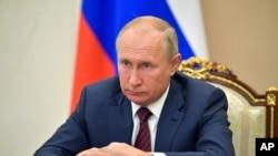 Ruski predsednik Vladimir Putin, 5. novembar 2020. (Foto: Alexei Druzhinin, Sputnik, Kremlin Pool via AP)