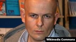 Ông Oles Buzina, tổng biên tập của tờ Today, bị bắn chết gần nhà ông ở Kiev