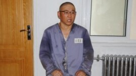 Kenneth Bae being interviewed by Japanese pro-North Korea newspaper Choson Sinbo at a North Korean labor camp, June 26, 2013.