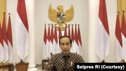 Presiden Jokowi dalam telekonferensi pers di Jakarta, Selasa (20/7) memutuskan untuk memperpanjang PPKM Darurat Sampai 25 Juli (Biro Setpres).
