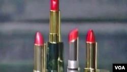 Sebanyak 400 merek lipstik populer di AS didapati mengandung timah, meskipun dalam kadar yang sangat rendah.