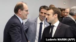 Umushikiranganji wa mbere Jean Castex ari kumwe na Perezida Emmanuel Macron w'Ubufransa