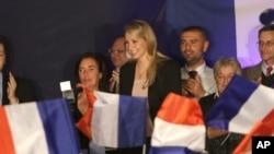 Mặt trận Quốc gia do bà Marine Le Pen lãnh đạo đã giành được thắng lợi lớn trong cuộc trắc nghiệm chính trị đầu tiên của Pháp sau các vụ tấn công khủng bố.