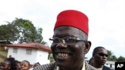 Prince Johnson, aliado surpresa da Presidente Sirleaf