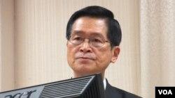 台灣國防部長嚴德發資料照。 (美國之音張永泰拍攝)