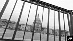 在预算开支削减计划自动生效之际,美国国会陷于僵局
