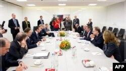 Bộ trưởng Quốc phòng các nước thành viên NATO nhóm họp tại Brussels, ngày 5/10/2011