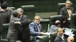 سرتیپ پاسدار رستم قاسمی، وزیر جدید نفت، فرمانده ارشد سپاه پاسداران انقلاب است که در فهرست تحریم های بین المللی قرار دارد