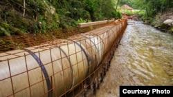"""Izgradanja mini hidro elektrane na reci Prištevica (Foto: Udruženje """"Odbranimo reke stare planine"""", ustupio Milan Tokić)"""