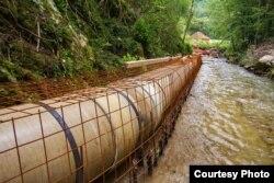 """Izgradanja mini hidro elektrane na reki Prištavica (Foto: Udruženje """"Odbranimo reke stare planine"""", ustupio Milan Tokić)"""