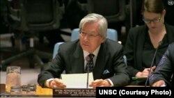 تدامیچی یاماموتو، نمایندۀ ویژه ملل متحد برای افغانستان، حین سخنرانی در نشست شورای امنیت ملل متحد که در مورد افغانستان برگزار شده بود