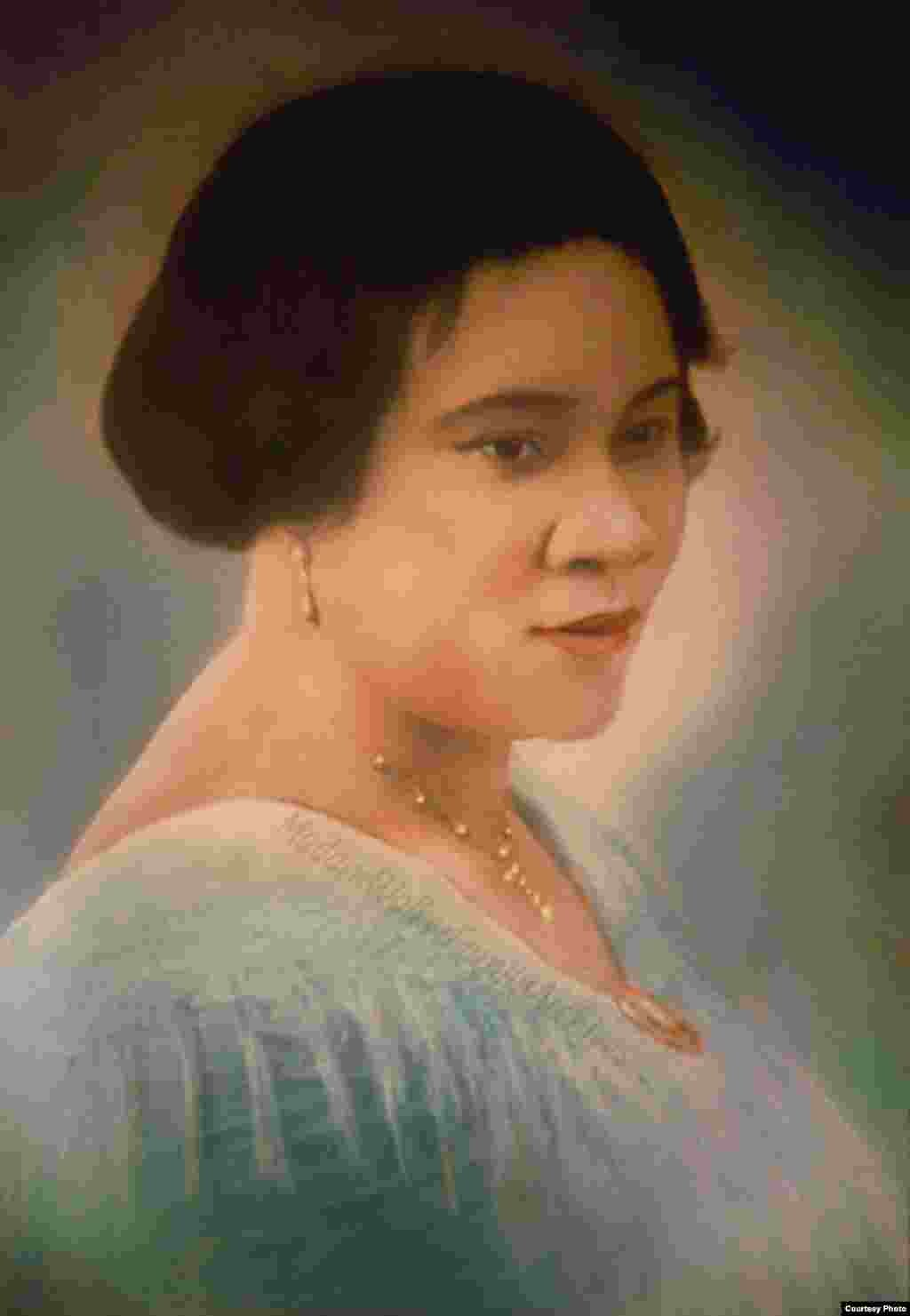 Colorized version of a portrait of Madam Walker, circa 1913 by Addison Scurlock, a well-known African American photographer. (Photo credit: A'Lelia Bundles/Madam Walker Family Archives)