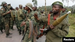 M23 반군과의 전투에 대비하고 있는 콩고민주공화국 군인들의 모습 (자료사진)