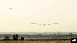 El avión solar Impulse 2 partió de España con destino a Egipto.